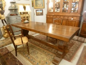 Table de ferme Rustique en Pin , 950 €