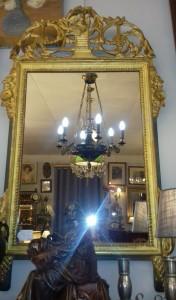 Miroir style Louis XVI, 360 €