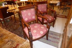 Paire de Fauteuils style Empire, 350 €
