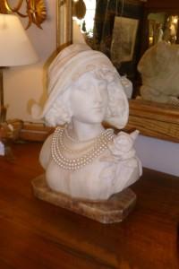 Buste Albâtre, 550 €