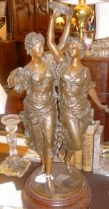 Les Danseuses, régule, 280 €