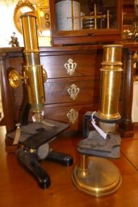 Microscope XIXè, 180 et 220€