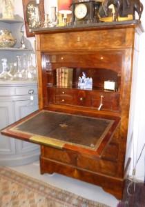 Secrétaire Louis-Philippe, 1350 €