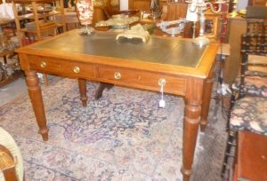 Bureau plat,Louis-Philippe, 480€