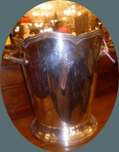Sceau à champagne métal argenté,150€