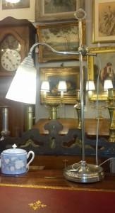 Lampe de bureau Art-Déco,120 €