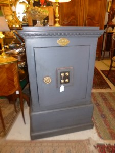 Coffre-Fort, 650 €