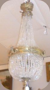 Lustre Montgolfière XIXè, perles de verre, 580€