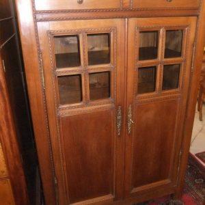 Meuble bas,2 portes, 320€