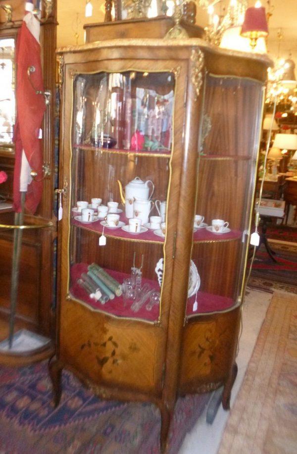 Vitrine bombée Napoléon III,650€