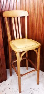 Chaise de bar, STELLA, 90€