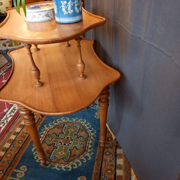 Table à thé merisier