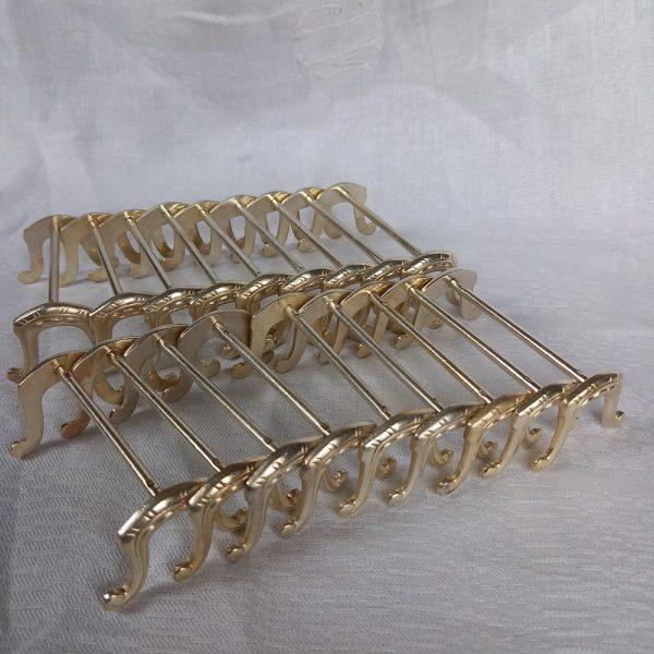 18 Porte-Couteaux en métal argenté, forme de fer à cheval