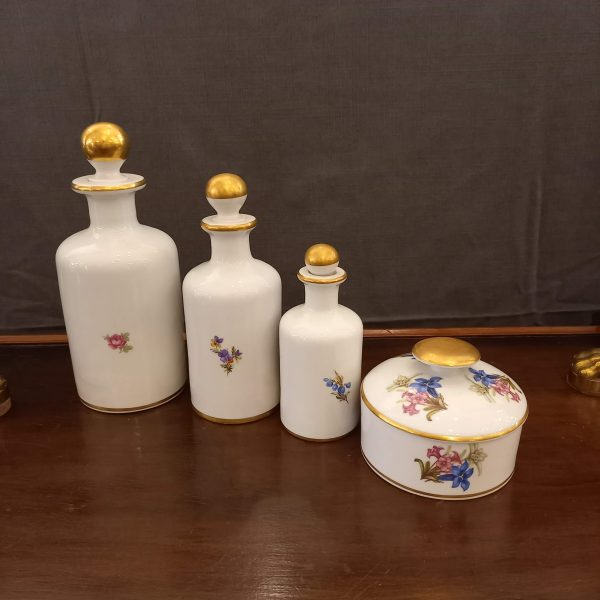 3 flacons Limoges +1 boite