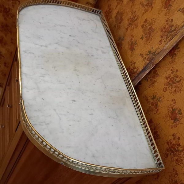 Commode Demi-Lune, Marbre Blanc