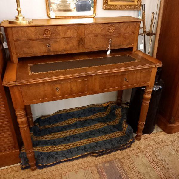 Petit Bureau à gradin de style Louis-Philippe, époque Fin XIXème