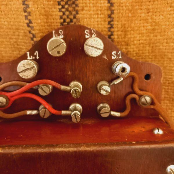 Ancien Téléphone Mural Grammont, Système EurieultAncien Téléphone Mural Grammont, Système Eureult